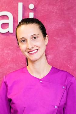 Dr-Andreea-Dodi-250-x-375-Migali-Dental-Clinic